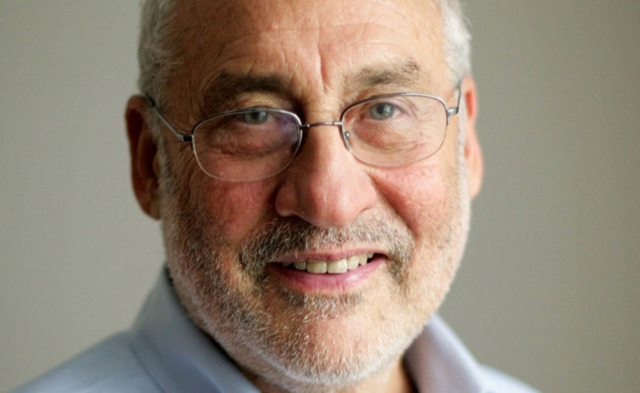 """Joseph Stiglitz  : """"Riforma o divorzio in Europa"""""""