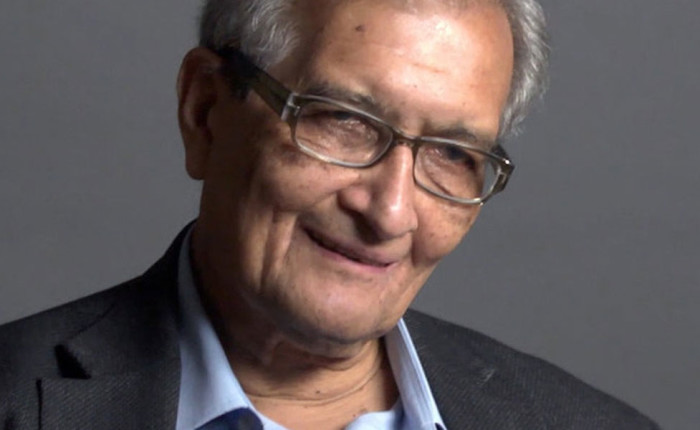 "Amartya Sen : ""Peace And Democratic Society"""