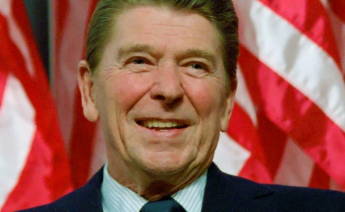 """Il 20 presidente Ronald Reagan : """"Osservazioni alla cerimonia di presentazione della medaglia presidenziale della   libertà"""", 19 gennaio 1989."""